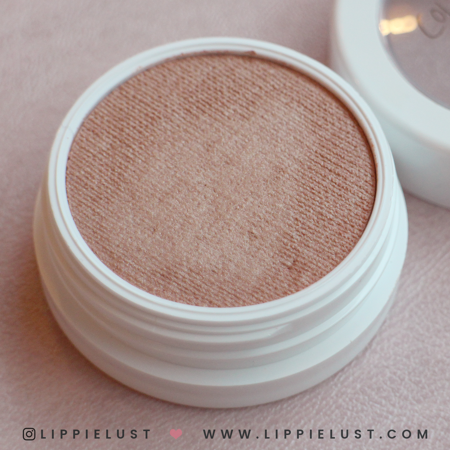 colourpop-hello-kitty-lippielust-10