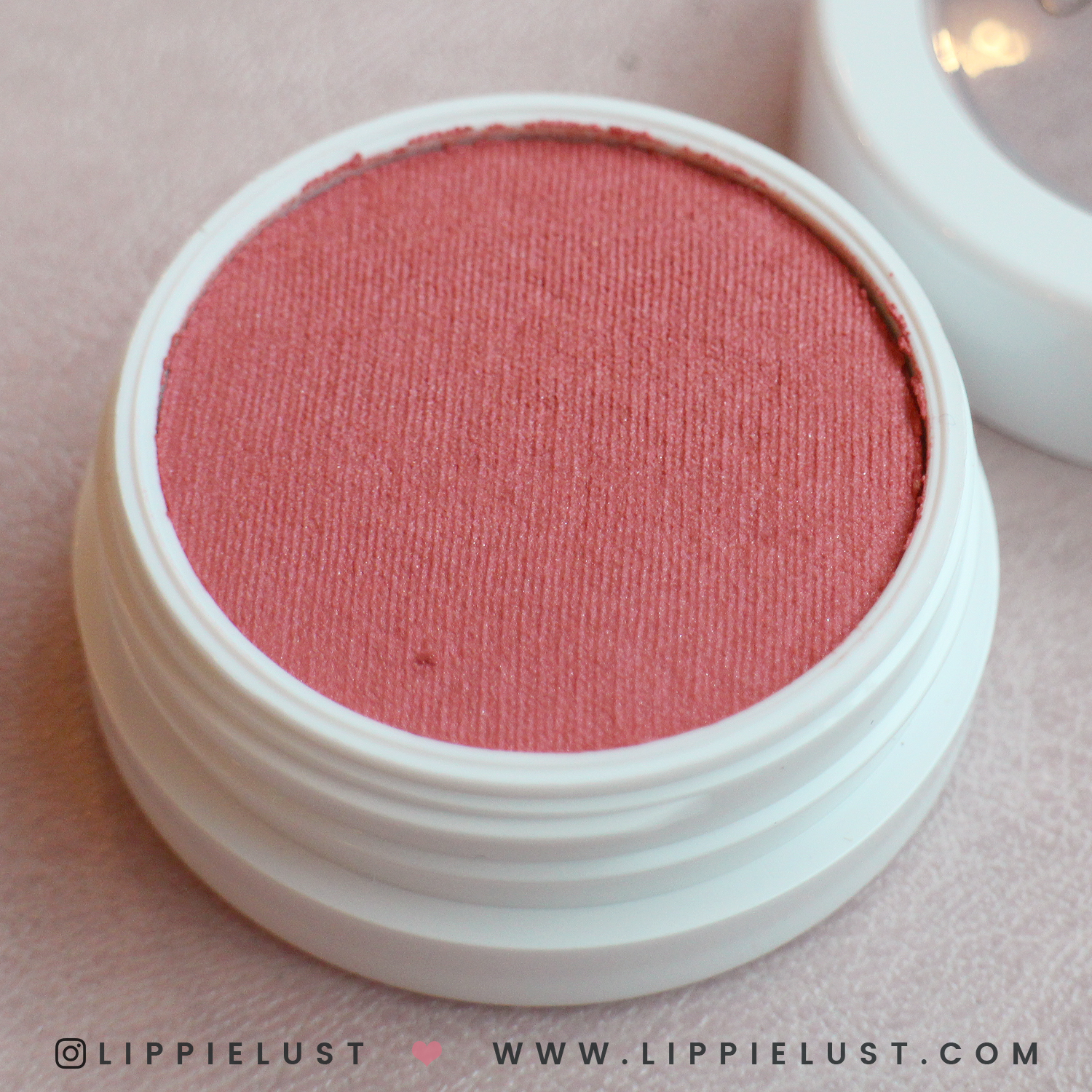 colourpop-hello-kitty-lippielust-11